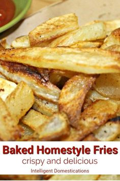 How to bake cut potatoes so them come out like deep fried french fries. Deep Fried French Fries, Oven Baked French Fries, Making French Fries, Homemade French Fries, Homemade Fries, Fresh Potato, Fries In The Oven, Peeling, Potato Recipes