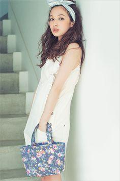 森絵梨佳 Japanese Beauty, Asian Beauty, Cute Girls, Cool Girl, Pretty Girls, Oriental, She Walks In Beauty, Mori Fashion, Cute Japanese Girl