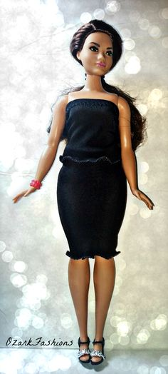 Plus Sized Barbie - Curvy Barbie Basic Black Barbie Outfit