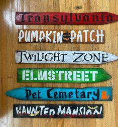 Excited to share this item from my #etsy shop: Custom Directional Signs for Halloween #halloween #woodsigns Halloween 2014, Halloween Crafts, Halloween Decorations, Halloween Ideas, Halloween Outside, Halloween Wood Signs, Arrow Signs, Directional Signs, Make And Sell