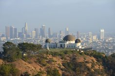 (shutterstock) Best Things To See In The USA (according to TripAdvisor):  11. Griffith Observatory, Los Angeles, California (Visitors to the Griffith Observatory can take a look through the giant telescope, explore the exhibitions, watch the live shows at the planetarium or enjoy incredible views of the entire city of Los Angeles and the iconic Hollywood sign. Colonel Griffith J. Griffith left money in his will for the observatory to be built and in accordance with his will admission has...)