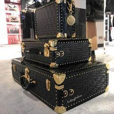 Luxury Luggage, Travel Luggage, Luxury Bags, Designer Travel Bags, Designer Luggage, Best Friend Bucket List, Unique Bags, Shops, Clutch Wallet