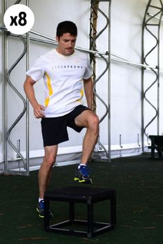 Step-up de plyo Split Squat Jumps, Jump Squats, Step Up, Interval Training Workouts, Belly Pooch, Jumping Jacks, Academia, At Home Workouts, Sporty