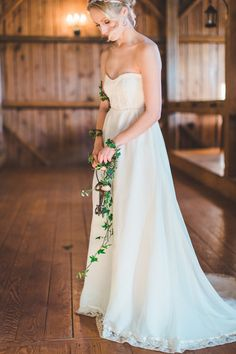 (via Rustic Wedding Chic) Photography by Ashley Largesse Photography http://www.ashleylargesse.com/