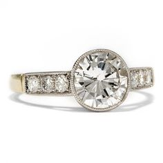 A modern 1.65 ct Brillant Cut Diamond in a marvellous Platinum and Gold Setting