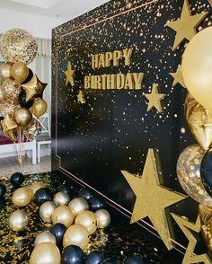50th Birthday Balloons, 50th Birthday Party Decorations, Gold Birthday Party, 30th Birthday Parties, Parties Decorations, Graduation Centerpiece, Birthday Cakes, Birthday Ideas, Birthday Gifts