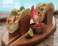 Recipe: Spiny Lobster Taco, Mango Salsa, Avocado Crema from Four Seasons Residence Club Aviara, North San Diego. Spicy Salsa, Mango Salsa, Lobster Tacos, Lobster Meat, Lobster Season, Lobster Recipes, Seafood Recipes, Taco Ingredients, Canadian Food