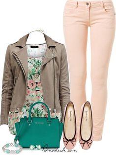 Vestir con un top con Flores - Outfits 14