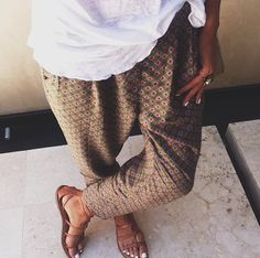 slouchy pants with sandals for summer
