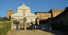 J3 - 2 - San Miniato al monte -  Après 9h45 si lumineux ... Mais la vue sur Florence est aussi superbe ! 3/223 TA - RRR p.206 - Entrée gratuite. Carlo Lorenzini, papa de Pinocchio, est enterré dans le cimetière jouxtant l'église !