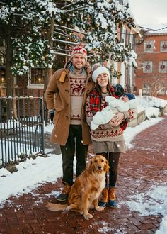 Christmas Tree Farm, Family Christmas, Merry Christmas, Christmas Card With Dog, Cosy Christmas, Christmas Crafts, Sarah Vickers, Fall Travel Outfit, Family Photos