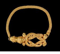 A gold bracelet  Production place: Northern Greece, probably Date: around  300–200 BC Find spot: Southern Russia?
