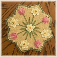 Spring Blossoms*Penny Rug/Candle Mat ~*Tulips & Daffodils PATTERN*~