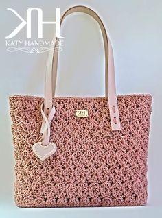 "Crochet bag ""Valery Chic"" Croce-stella stitch crochet -Free pattern available-"