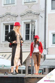 Große Modenschau beim Welser Stadtfest im Sommer 2014, mit den Models von me2. Models, Advertising Campaign, Fashion Show, Summer, Templates, Fashion Models