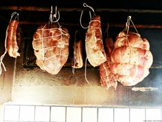 Jambon traditonal-pulpa de porc afumat, facut in casa, fara conservanti Charcuterie, Romanian Food, Romanian Recipes, Smoking Meat, Prosciutto, Meatloaf, Poultry, Sausage, Pork