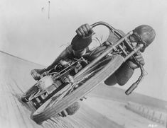Board Track Racer :: via Daikoube