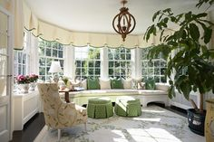 It's always interesting when we talking about decorating especially in window treatments for bay windows with window seat. When you have bay windows with window Box Pleat Valance, Traditional Porch, American Traditional, Traditional Design, Sunroom Decorating, Sunroom Ideas, Decorating Ideas, Small Sunroom, Porch Ideas