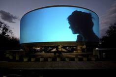 Hirshhorn Museum's 360-degree convex screen