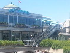 Le Café du Monde, qui offre une vue imprenable sur le fleuve Saint-Laurent, à Québec. Site enchanteur, impossible de ne pas être sous le charme!