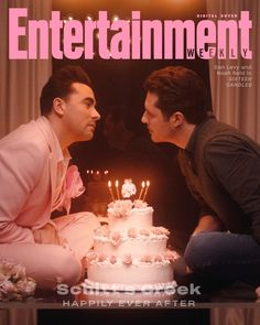 Thanks to a twist of fate, Dan Levy and Noah Reid helped the offbeat Canadian comedy slow grow into TV's most heartfelt modern love story. David Meme, Daniel Levy, Schitts Creek, Entertainment Weekly, Movies And Tv Shows, Favorite Tv Shows, Movie Tv, David Cross, Entertaining