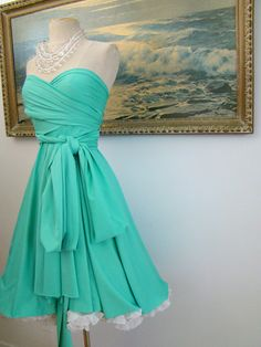 Tiffany blue convertible wrap circle dress- I wish I had places to wear dresses like this! Pretty Outfits, Pretty Dresses, Beautiful Dresses, Cute Outfits, Gorgeous Dress, Bridesmaid Dresses, Prom Dresses, Formal Dresses, Bridesmaids