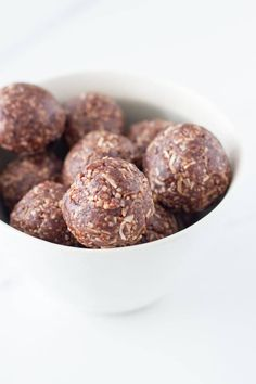 Cajun Delicacies Is A Lot More Than Just Yet Another Food Made With Only 5 Simple Ingredients, These Coconut Rough Bliss Balls Are Going To Become Your New Go-To Bliss Ball. They Also Make A Perfect Addition To Your Child's Lunchbox Gourmet Recipes, Sweet Recipes, Whole Food Recipes, Healthy Recipes, Weekly Recipes, Skinny Recipes, Yummy Recipes, Vegetarian Recipes, Raw Chocolate