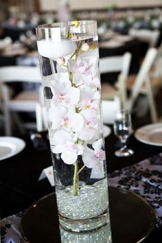 Light Pink Orchid Candle Cyllinder Centerpiece With Mirror And Table Runner | Recycled Bride