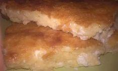 Είναι απλά υπέροχη αυτή η τυρόπιτα με μπεσαμέλ Hot Dog Buns, Hot Dogs, Hamburger, Food And Drink, Bread, Brot, Baking, Burgers, Breads