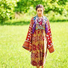 パシュトゥン族民族衣装 C