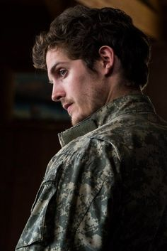 Daniel Sharman fear the walking dead