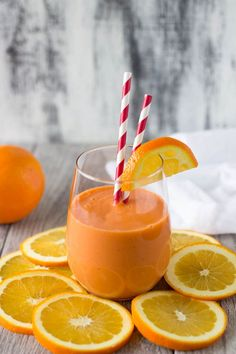 """""""Stress Buster"""" Orange Smoothie - Food and Drink Recipes Breakfast Smoothies, Fruit Smoothies, Healthy Smoothies, Healthy Drinks, Healthy Snacks, Healthy Recipes, Fitness Smoothies, Simple Smoothies, Healthy Breakfasts"""