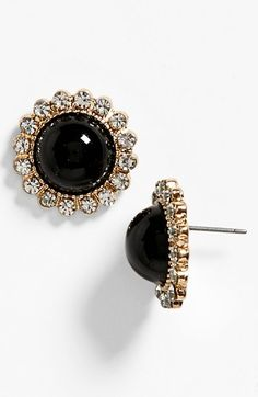 Elegant and polished black stone earrings with diamonds surrounding. Jewelry Box, Jewelry Accessories, Fashion Accessories, Fashion Jewelry, Jewlery, Prom Earrings, Stone Earrings, Black Earrings, Diamond Are A Girls Best Friend