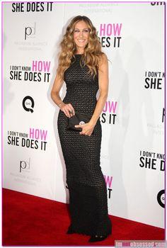 Sarah Jessica Parker donated her shoes to #ShoeRevolt to help fight #humantrafficking!