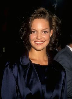 Pin for Later: A Nostalgic Look Back at Celebrities' Earliest Red Carpet Appearances Katherine Heigl, 1995