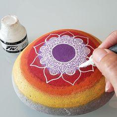 Mandala Meditation, Meditation Stones, Mandala Art, Cake Art, All Pictures, Birthday Cake, Desserts, Food, Mandalas