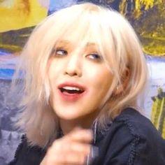 Kpop Girl Groups, Kpop Girls, My Girl, Cool Girl, Wendy Red Velvet, Grunge Hair, Kpop Aesthetic, Pretty People, Korean Girl
