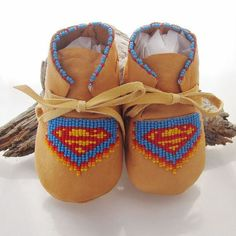 Hey, I found this really awesome Etsy listing at https://www.etsy.com/listing/180519489/beaded-baby-moccasins-made-of-soft-deer