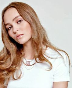 Stunning Lily for Glamour France April/May 2019  @fabrizio Lily Rose Melody Depp, Glamour France, Stage Beauty, Makeup Inspiration, Style Inspiration, Plus Belle, Vampires, Rock And Roll, Divas