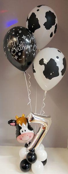 Cow print balloons with age 7 mini foil and mini cow head balloon for birthday party. Mcdonalds Birthday Party, Cow Birthday Parties, Birthday Balloon Decorations, Happy Birthday Balloons, Balloon Arrangements, Balloon Centerpieces, Farm Animal Birthday, Farm Birthday, Cowboy Baby Shower