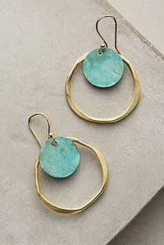 jewelry + statement earrings | Julie de la Playa #jewelrydiy