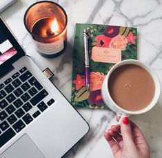 Картинка с тегом «coffee, candle, and notebook»