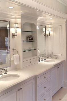 View this Great Traditional Master Bathroom with Crown molding & Wall sconce by Julie Wyss. Discover & browse thousands of other home design ideas on Zillow Digs.