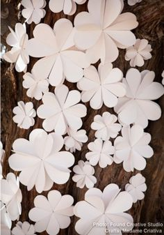 .❥ Paper Flowers to decorate Wedding Ceremony - Easy step by step tutorial with pictures .