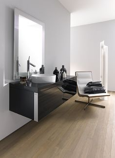Wall-mounted washbasin unit STARCK 2 by DURAVIT Italia | #design Philippe #Starck #bathroom