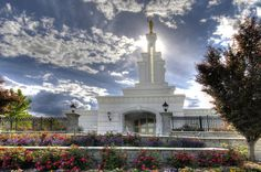 Columbia River, Washington Temple