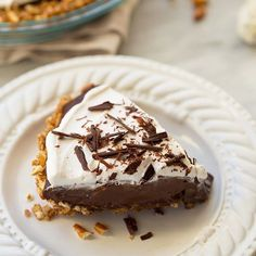 Chocolate Cream Pie With Pretzel Crust via @feedfeed on https://thefeedfeed.com/meaningfuleats/chocolate-cream-pie-with-pretzel-crust