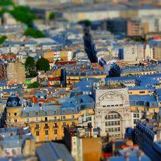 Tiltshift Paris Goes On (Boulevard de Rochechouart) ___________ #parisjetaime #postprocessing #effect #photography #snapseed #selectivefocus #tiltshift #tiltshiftparisseries #paris #series #tiltshiftparis Snapseed, Tilt, Times Square, To Go, Instagram Posts, Photography, Travel, Photograph, Viajes