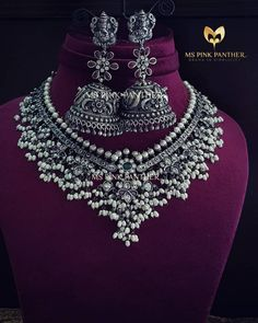22 Guttapusalu Haram Designs That You Would Like To Grab on Sight! Indian Jewelry Sets, Silver Jewellery Indian, Silver Jewelry, Silver Ring, Gold Jewellery, India Jewelry, Bridal Jewellery, Tikka Jewelry, Jewellery Shops