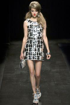 Moschino Spring 2013, Milan Fashion Week